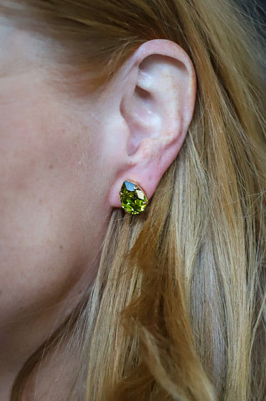 Mini Drop Studs Gold Olivine