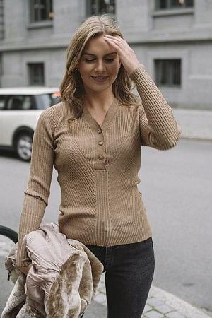 April Knit Camel