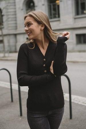 April Knit Black
