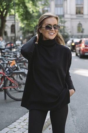 Krisy Merino Sweater Black