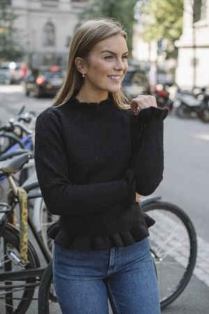 Valeria Alpaca Sweater Black
