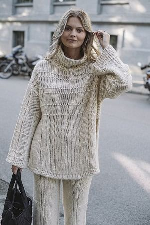 Barlind Knit Ecru