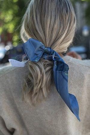 Dandelion Silk Tie Blue