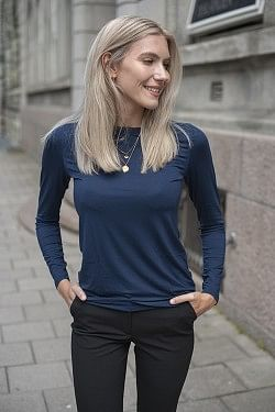 Perfect Line Long-Sleeve Blue