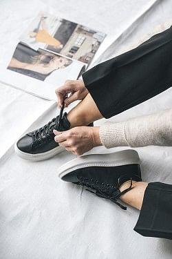 Dee Sneakers Black