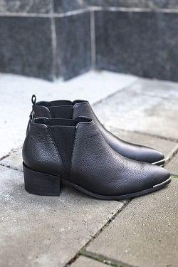 Karen Low Boots Black