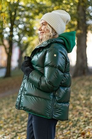 Clara Jacket Scarab Green