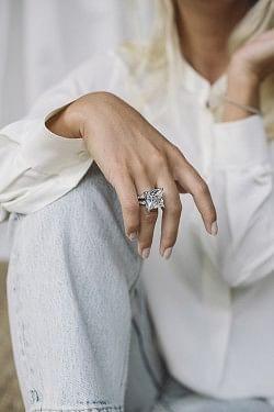 Hvit Zirconium Ring