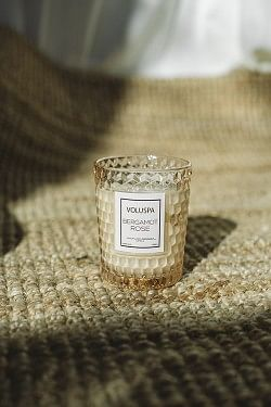 Textured Glass Candle 40t Bergamot Rose