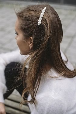 Slim Pearly Hairpin Silver